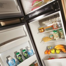 411_a_49dp_attribute_kitchen_150lfridge